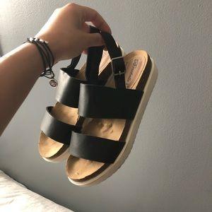 Platform strappy sandals